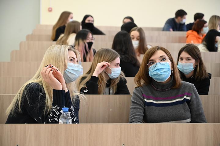 Круглый стол о творческом наследии Федора Достоевского прошел в Московском педагогическом университете