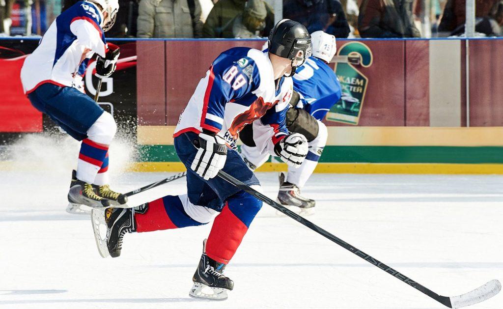 Четыре победы подряд: хоккеисты Плехановки снова стали лучшими на матче