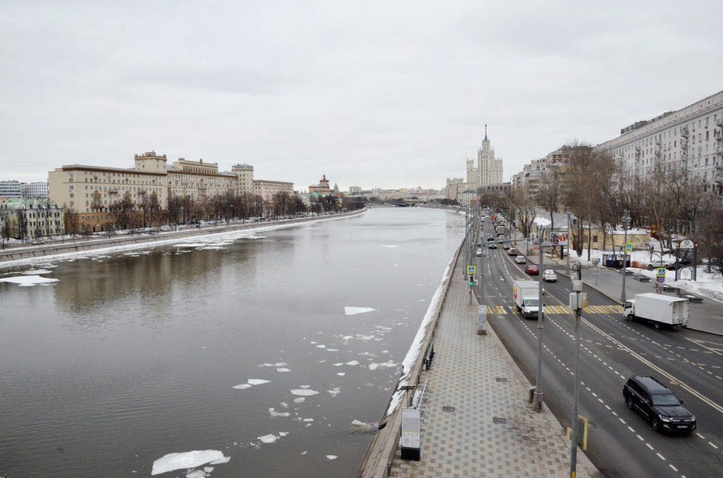 Москвичам пообещали «плюс пять» во вторник