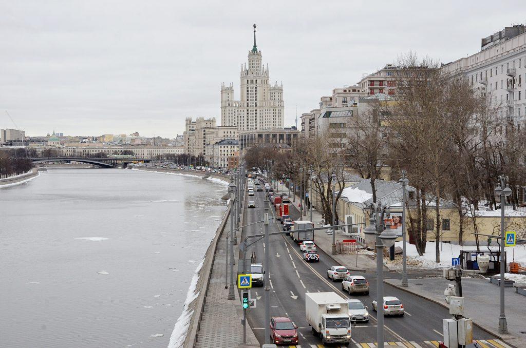 Неровности и кочки на дорогах устранили в Тверском районе. Фото: Анна Быкова