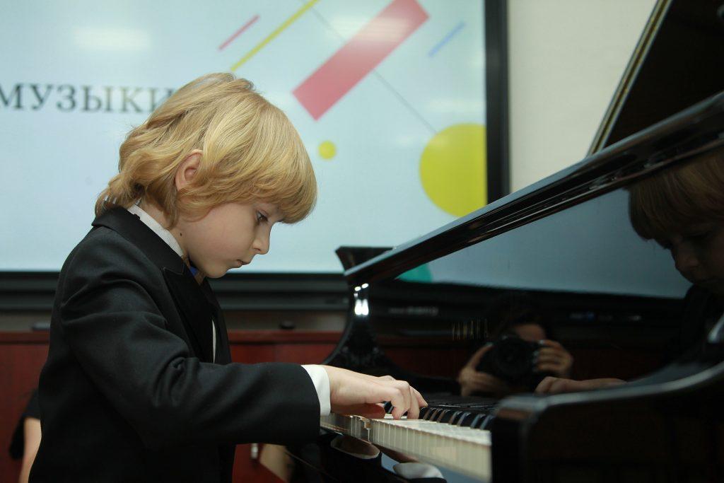 Посвящение в музыканты организуют в Российской детской библиотеке
