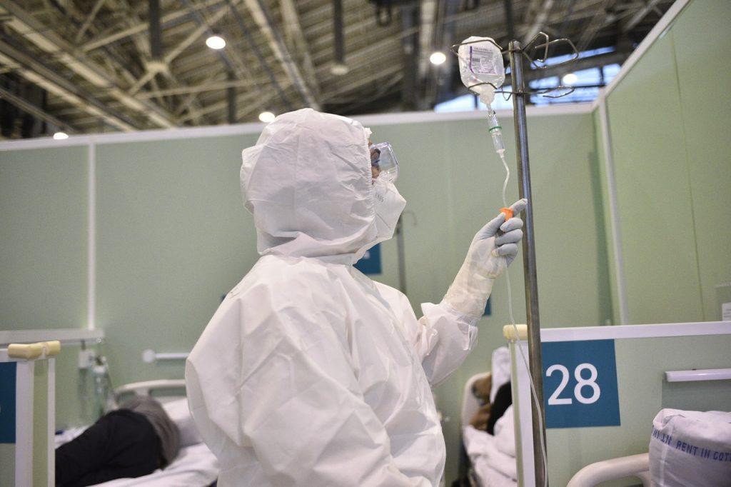 Еще 1,1 тысячи человек вылечились от COVID-19 в Москве