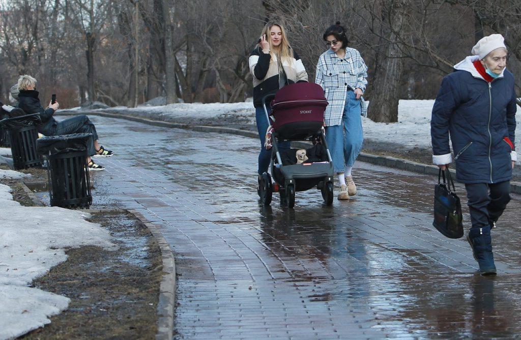 Москвичей ждет пасмурная погода в воскресенье