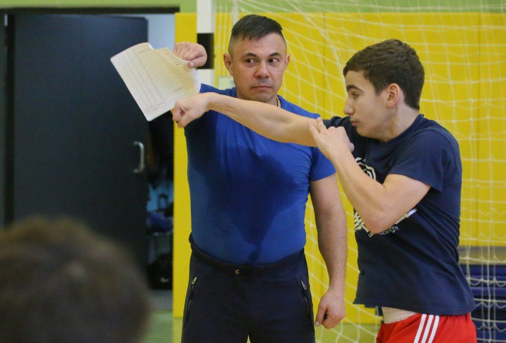 Школьники займутся фитнес-боксом