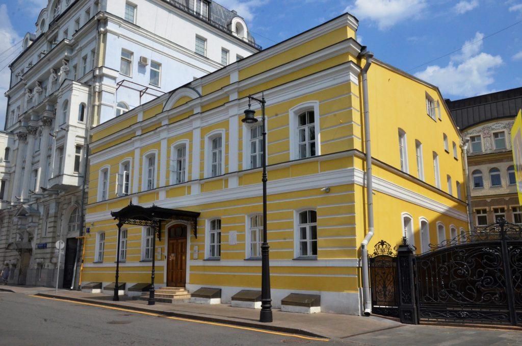 Моноспектакль о любви прошел в Доме-музее Марины Цветаевой