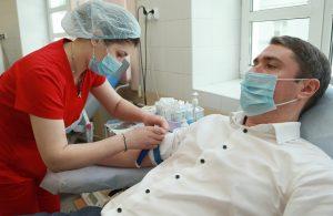Один из добровольцев побывал у врачей 15 раз. Фото: Наталия Нечаева