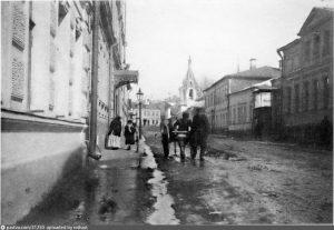 Дом No 9 в Филипповском в начале ХХ века. Фото: PASTVU.COM