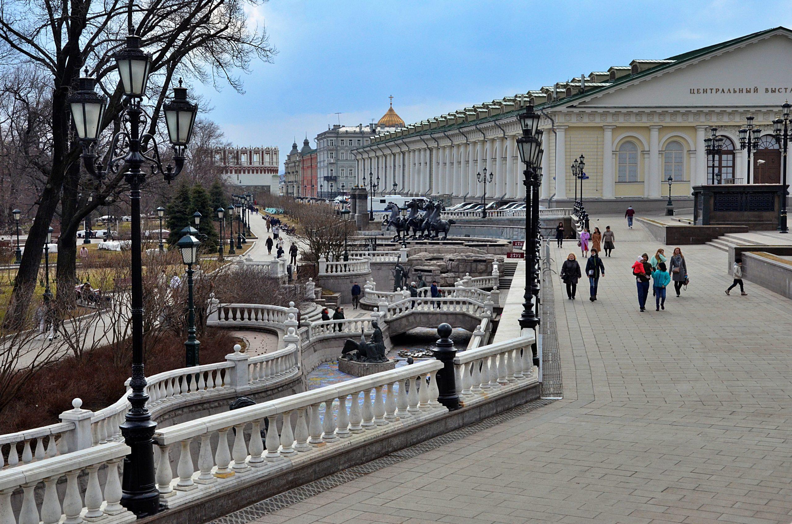 Облигационные займы Москвы позволят избежать пиковых нагрузок на бюджет. Фото: Анна Быкова