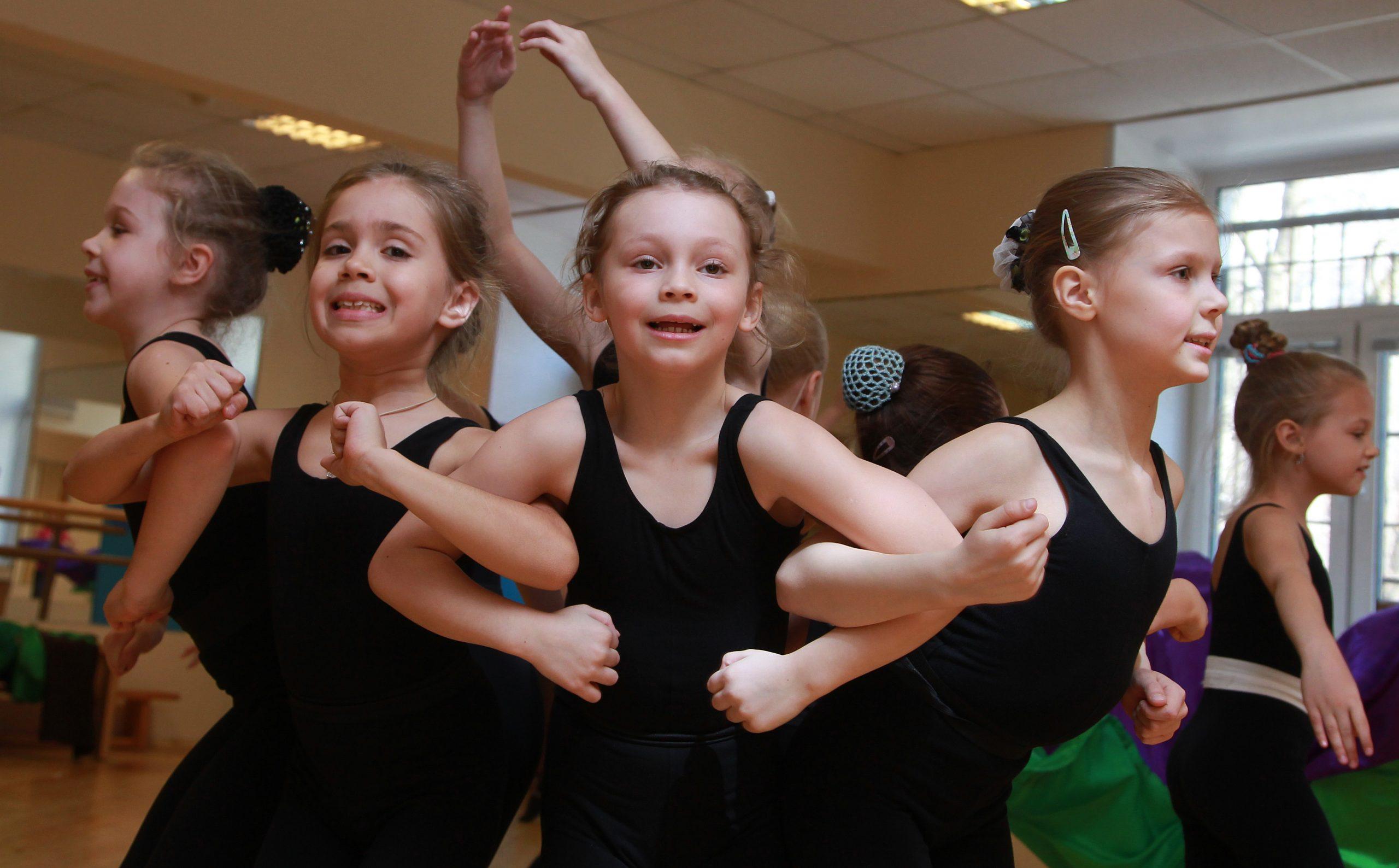 Гимнастике Цигун обучат детей в центре «Орион». Фото: Наталия Нечаева, «Вечерняя Москва»