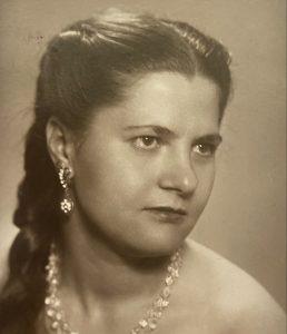 Любовь Петрушенко в 1962 году. Фото из личного архива