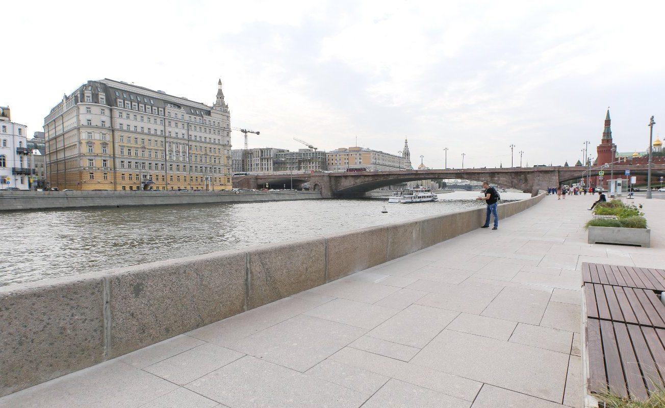 Работы по благоустройству стартовали на Садовнической набережной и улице. Фото: сайт мэра Москвы