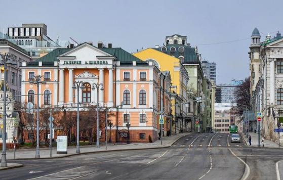 Фотовыставка ко Дню космонавтики открылась в центре Москвы