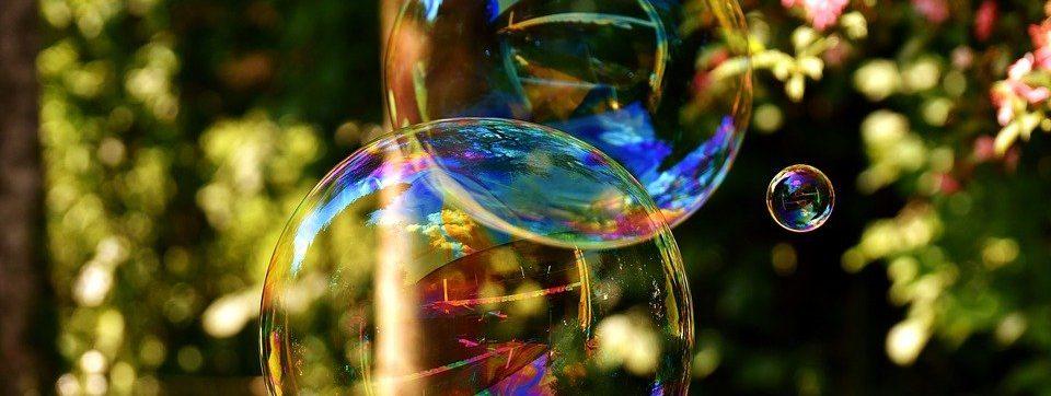 Космические пузыри создали на празднике в Культурном центре «Новослободский»