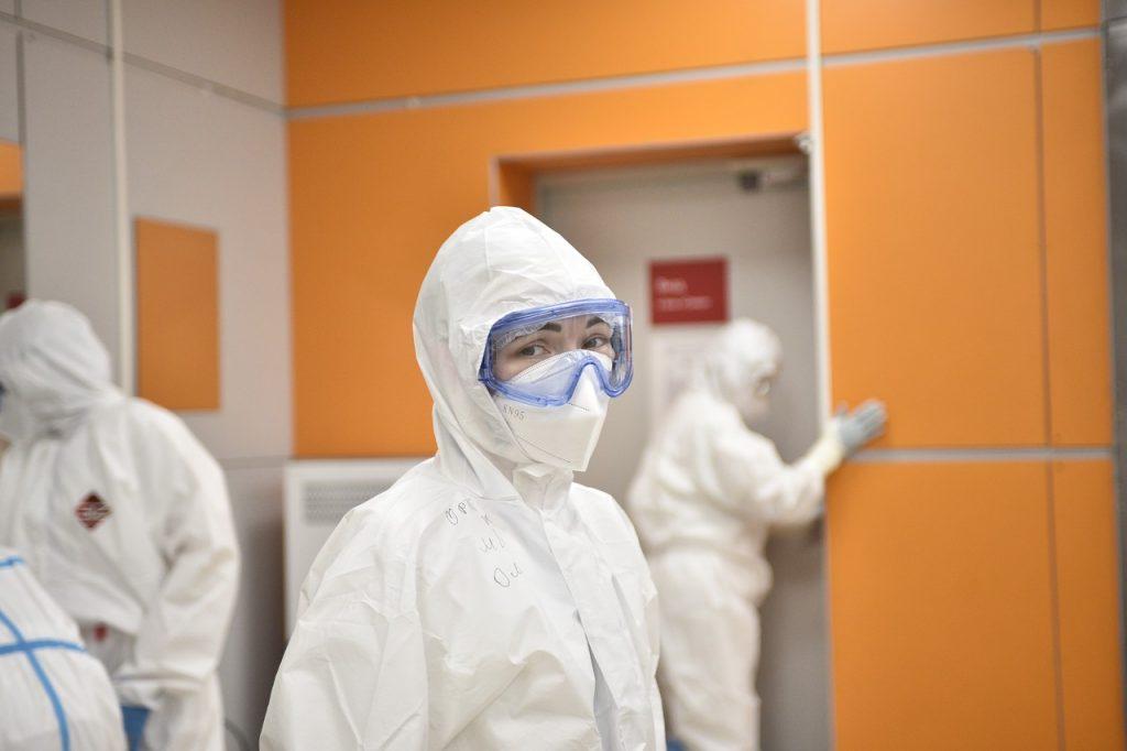 Более 2,6 тысячи случаев коронавируса подтвердили в Москве