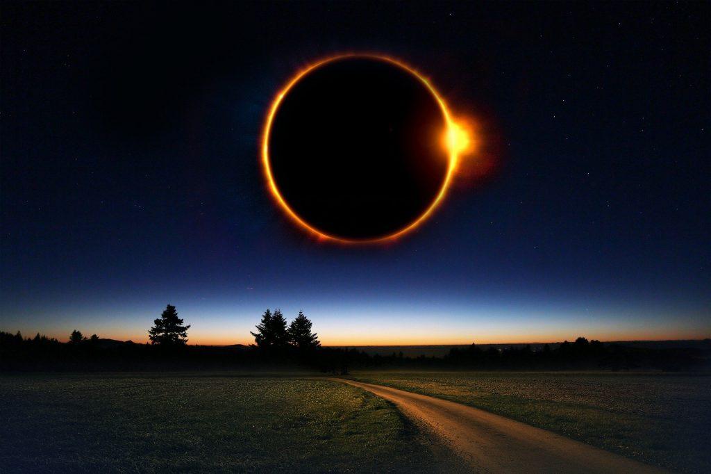 Представители Московского планетария рассказали о ближайшем солнечном затмении