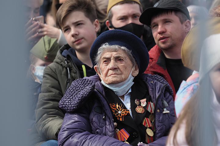 На фото ветеран Великой Отечественной войны. Фото: Антон Гердо, «Вечерняя Москва»