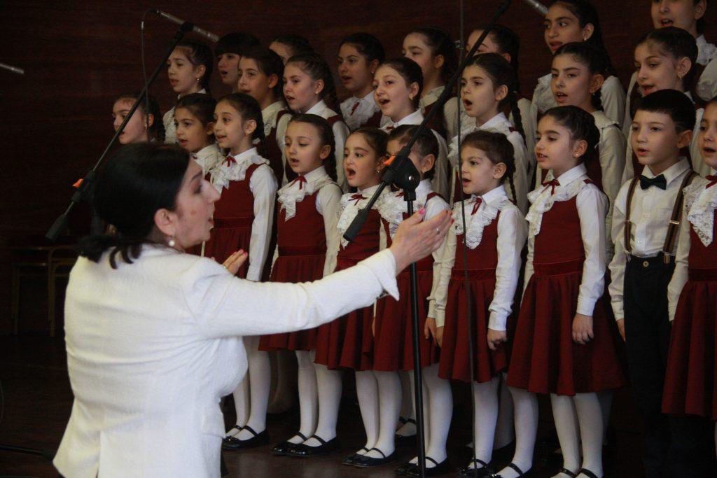 Дети войны: урок по ансамблевому пению проведет педагог центра «Замоскворечье»