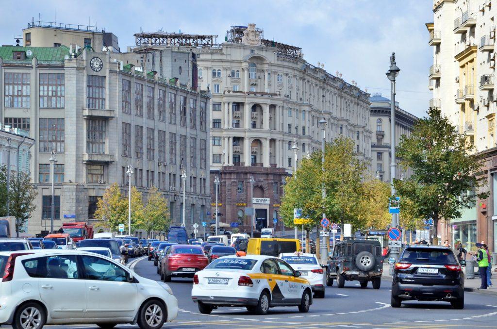 В Москве планируют провести замену дорожного полотна на Тверской улице