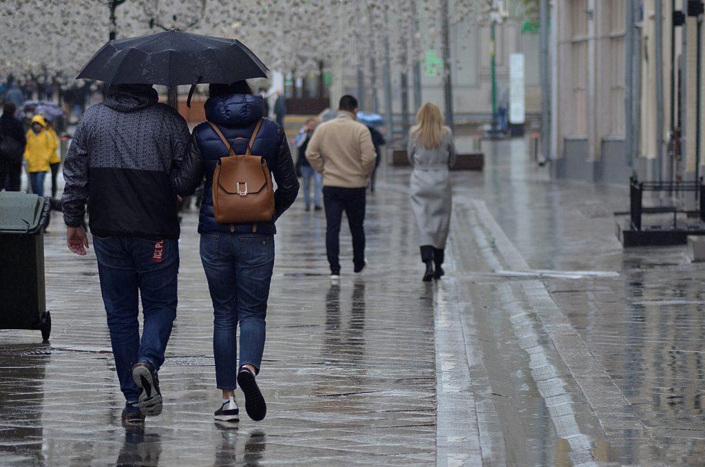 Столицу в воскресенье ожидают переменная облачность и кратковременные дожди