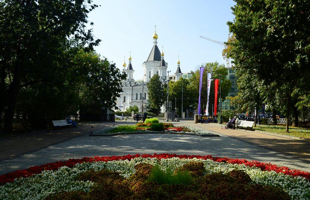 Медицинский городок: экскурсию по Девичьему полю провели сотрудники «Гайдаровки»