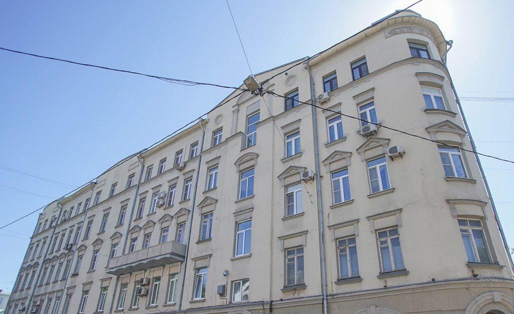 Капитальный ремонт стартовал в четырех домах в центре Москвы
