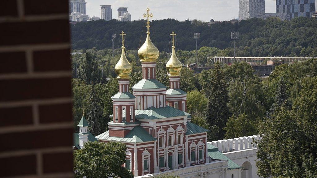 Специалисты займутся реставрацией надгробия Михаила Загоскина