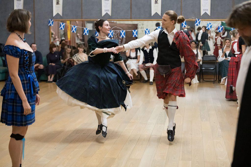 Зрелищность и волнение: XIII ежегодный Международный фестиваль исторического танца состоится в Доме культуры «Стимул»