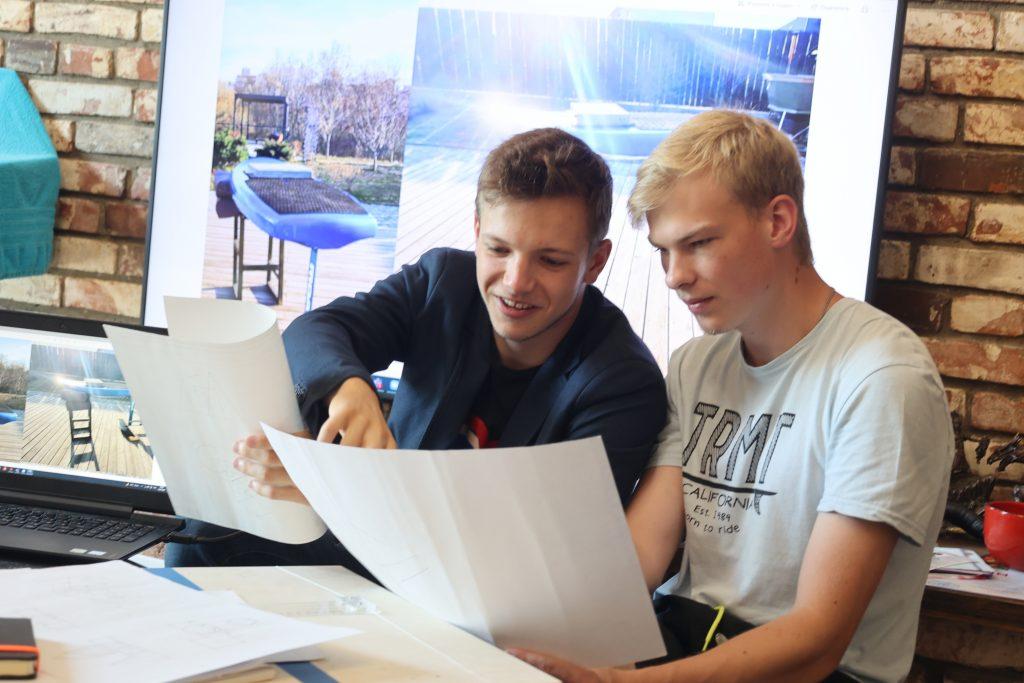 Учащиеся московских школ и студенты будут играть в чемпионате КВН