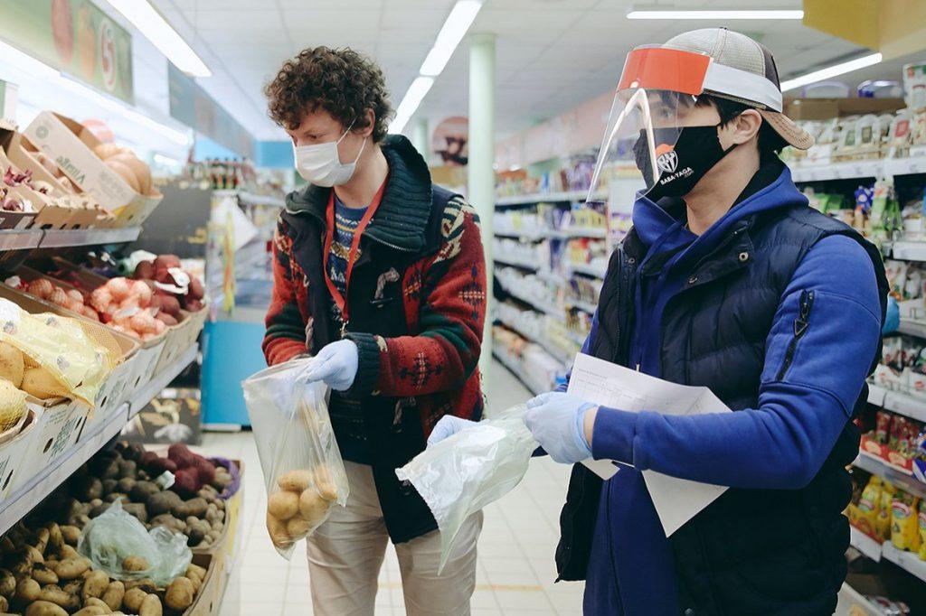 Активисты Молодежной палаты Пресненского района доставят продукты представителям старшего поколения