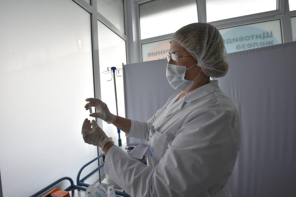 Более 500 новых случаев коронавирусной инфекции зафиксировали в столице за сутки