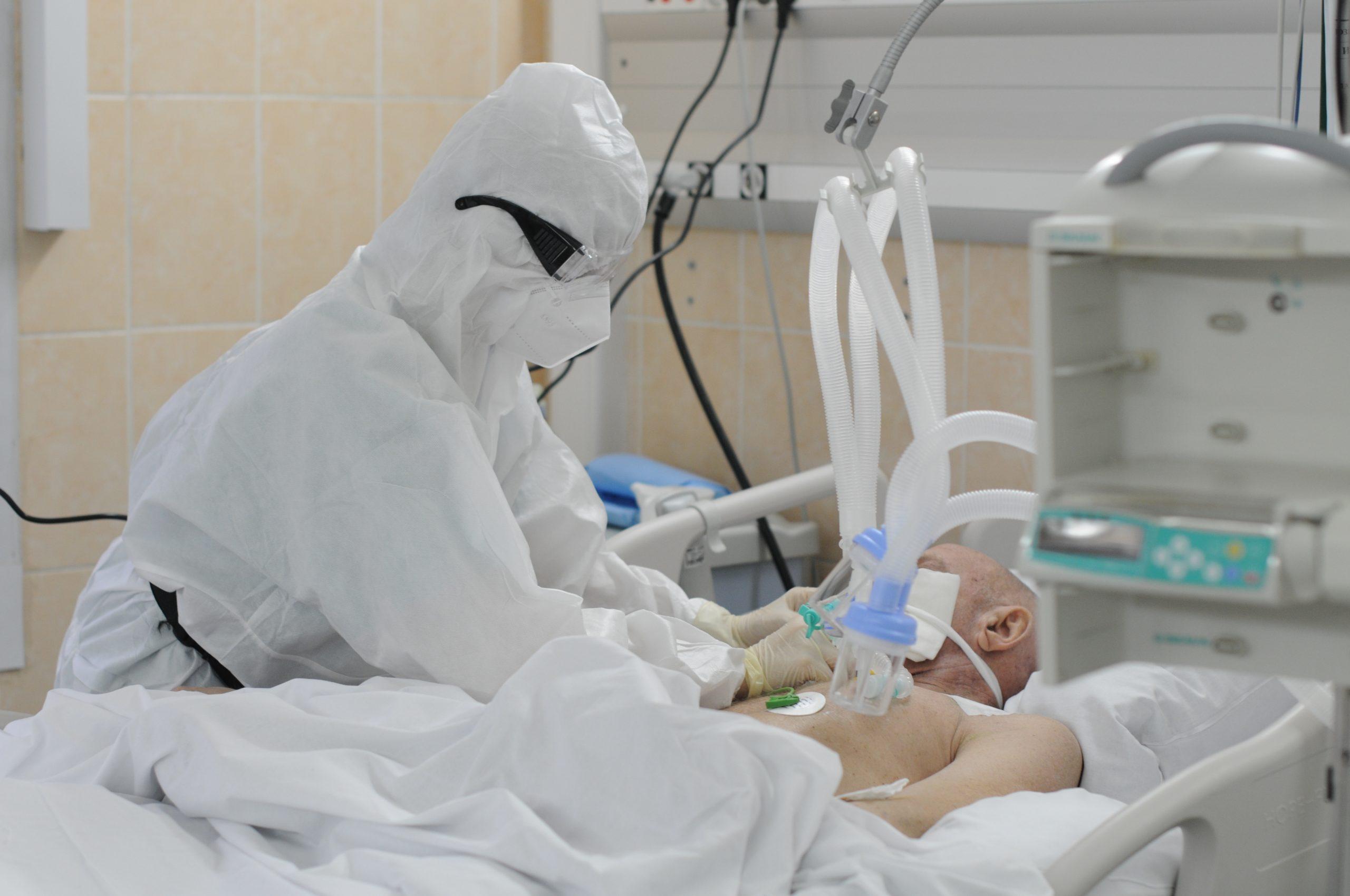 За сутки в Москве выявили 4 699 новых случая инфекции коронавируса. Фото: Светлана Колоскова, «Вечерняя Москва»