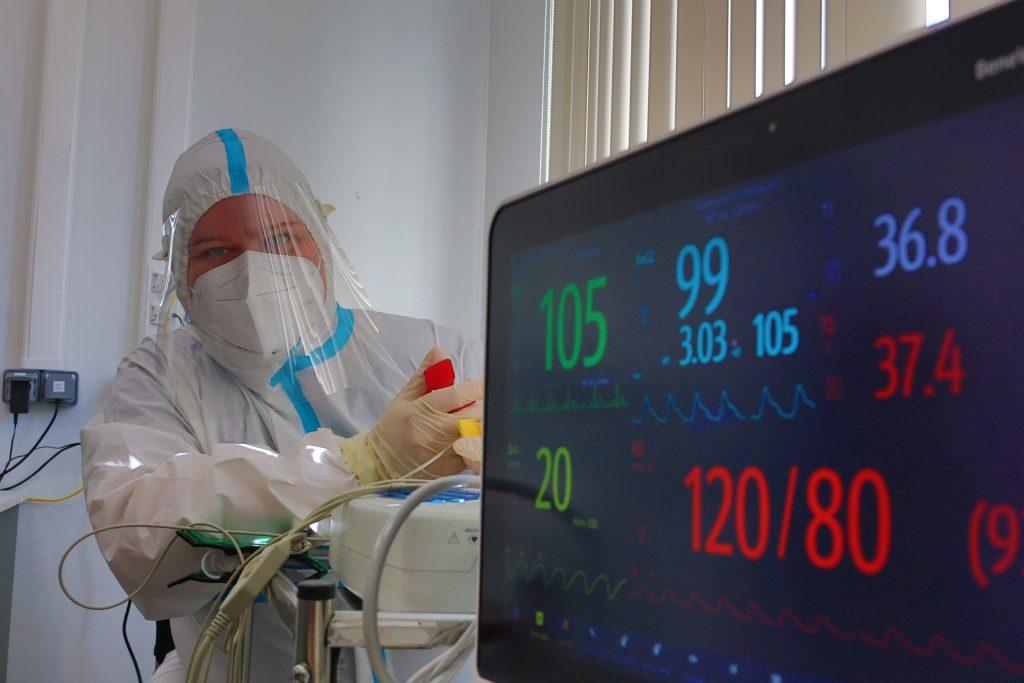 За минувшие сутки в столичном регионе выявили 6 074 новых случая заболевания COVID-19