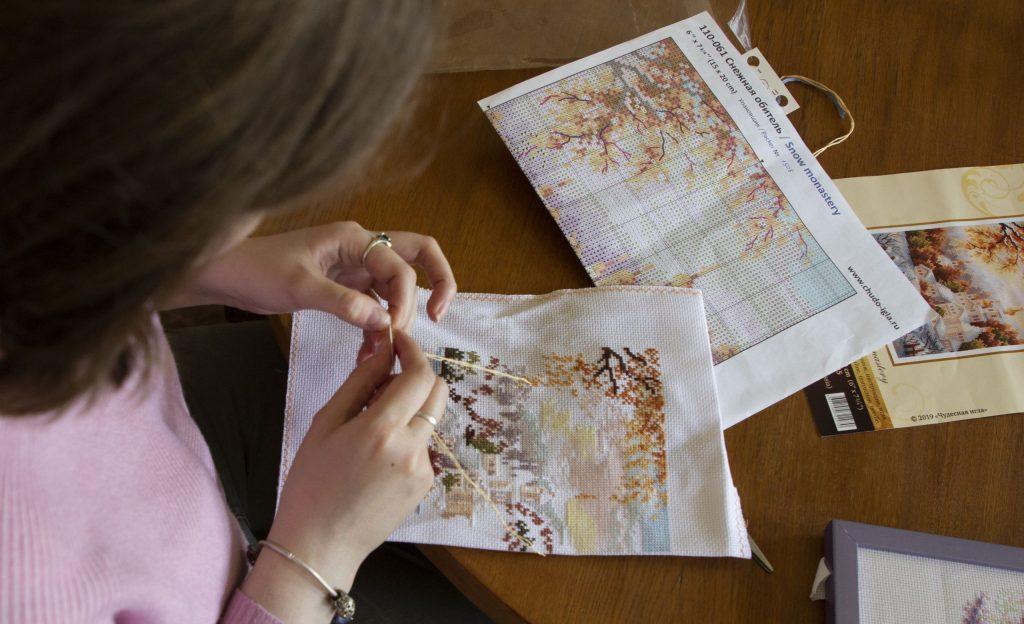 Петелька к петельке: мастер-класс по рукоделию состоится в Пушкинской библиотеке